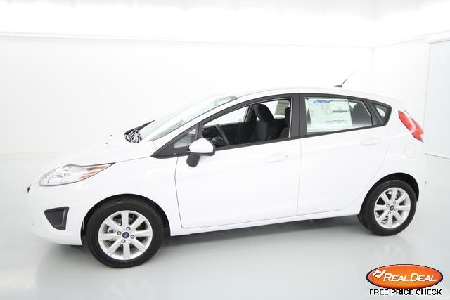 Image 4 of 2012 Ford Fiesta SE…