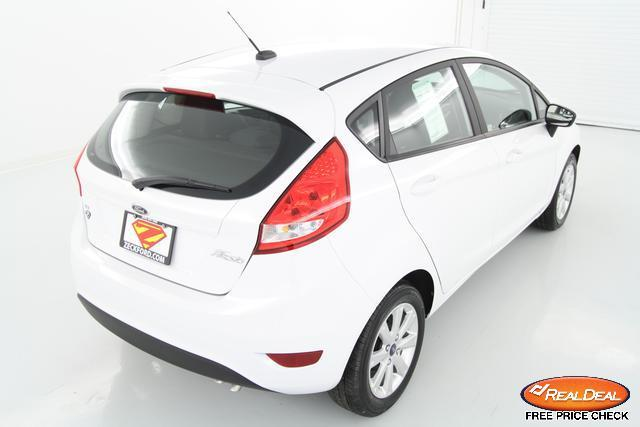 Image 7 of 2012 Ford Fiesta SE…