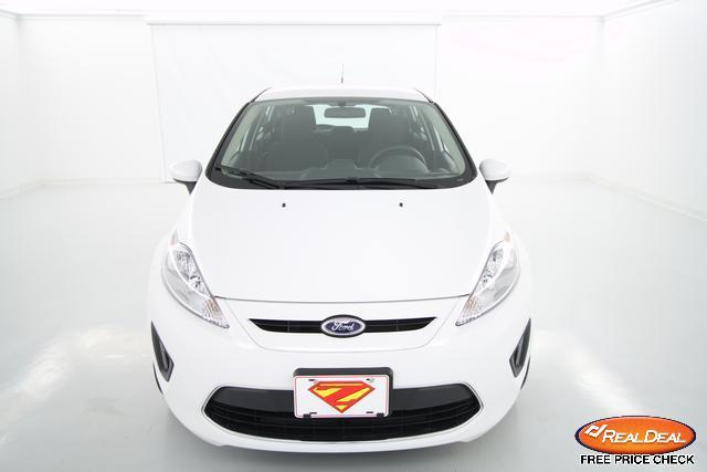 Image 12 of 2012 Ford Fiesta SE…