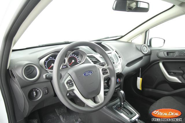 Image 14 of 2012 Ford Fiesta SE…
