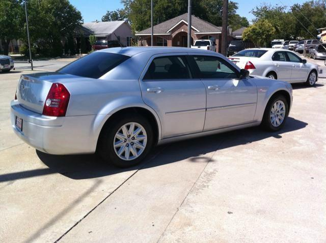 2008 Chrysler 300 4dr Sdn 300 LX RWD - Dallas Fort Worth Metroplex TX