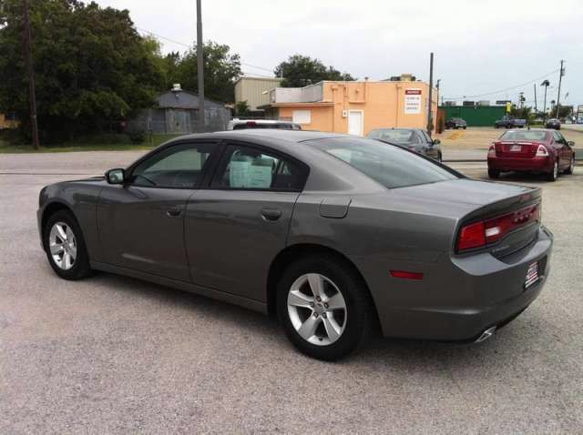 2011 Dodge Charger SE - Dallas Fort Worth Metroplex TX