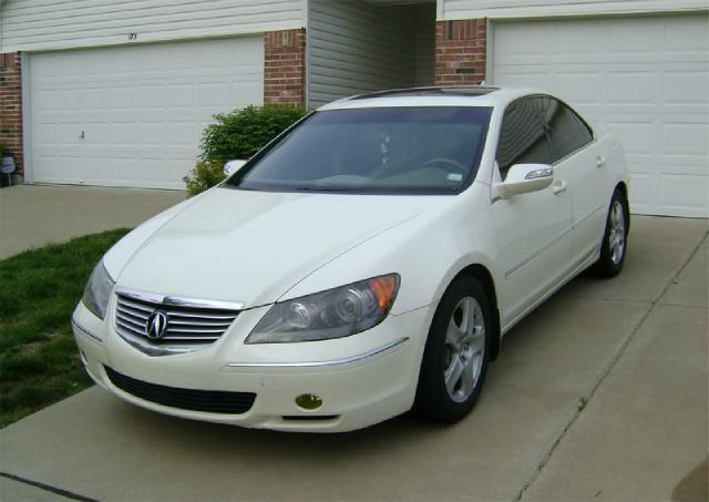 2005 Acura RL