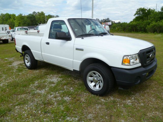 2010 FORD RANGER XL REG CAB  2WD white 23 4cyl is great on gas  ready to work for you fleet pr
