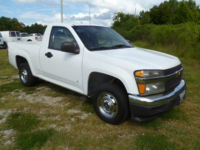 2006 CHEVROLET COLORADO YC1LS white 4cyl reg cab sb great on gas fleet preowned with an excell