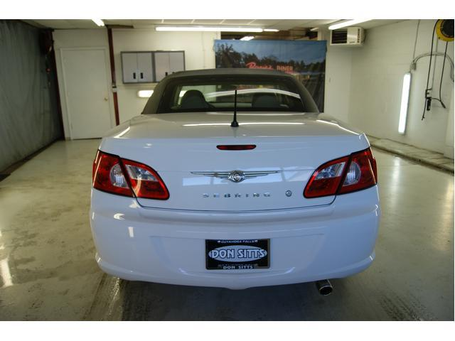 Image 9 of 2008 Chrysler Sebring…
