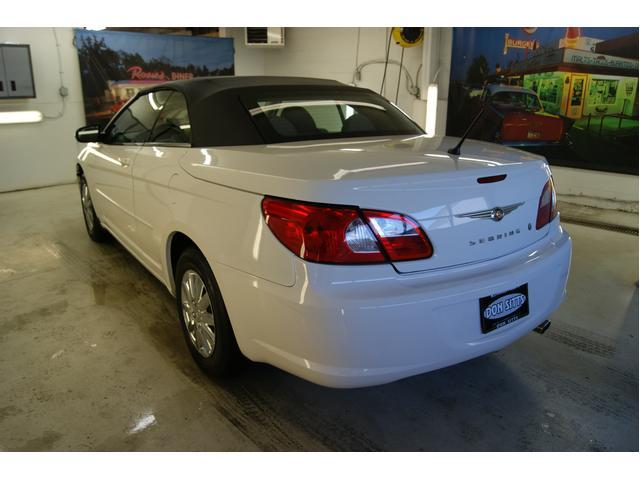 Image 10 of 2008 Chrysler Sebring…