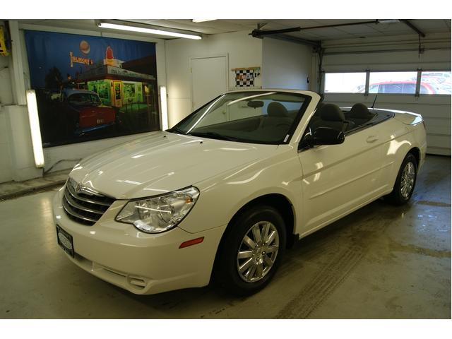 Image 11 of 2008 Chrysler Sebring…