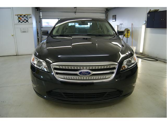 Image 4 of 2010 Ford Taurus 4dr…