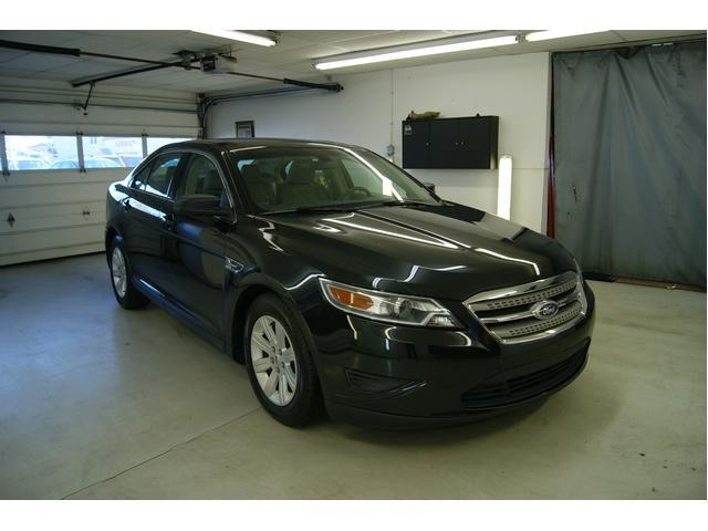 Image 5 of 2010 Ford Taurus 4dr…