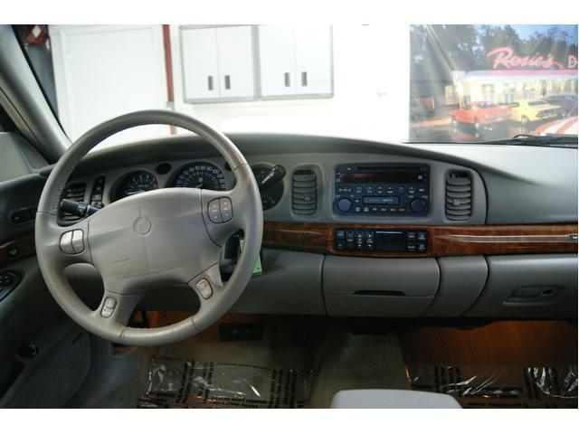 Image 2 of 2002 Buick LeSabre 4dr…