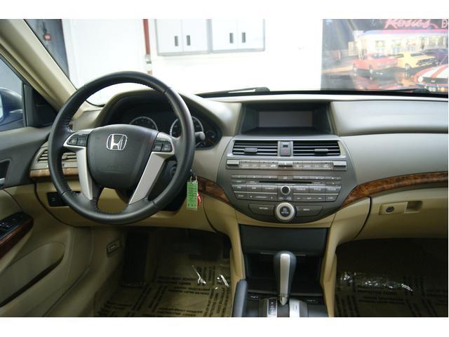 Image 3 of 2009 Honda Accord 4dr…
