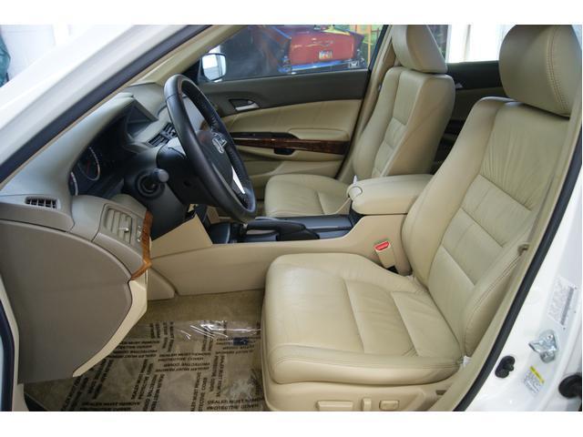 Image 10 of 2009 Honda Accord 4dr…