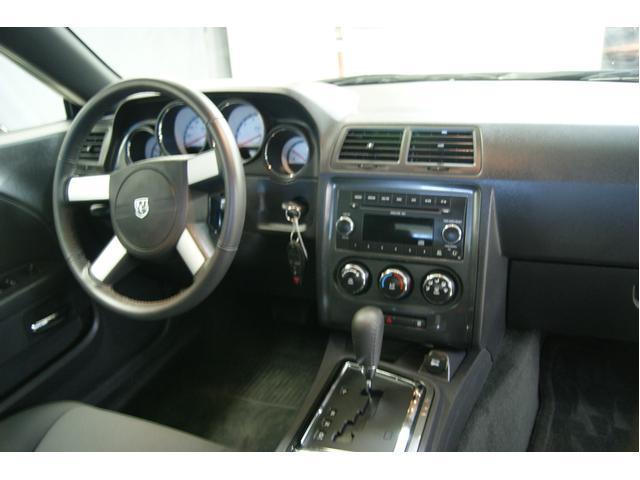 Image 2 of 2010 Dodge Challenger…