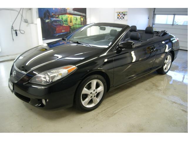 Image 1 of 2006 Toyota Camry Solara…