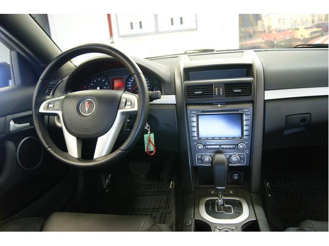 Image 2 of 2009 Pontiac G8 4dr…