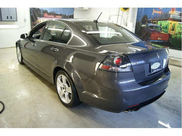 Image 4 of 2009 Pontiac G8 4dr…