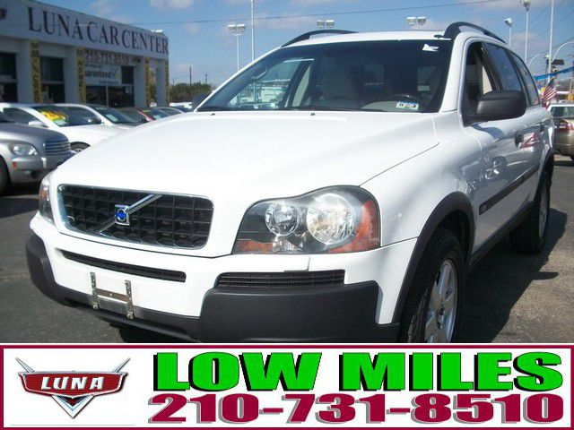 2004 Volvo XC90 2.5T - San Antonio TX