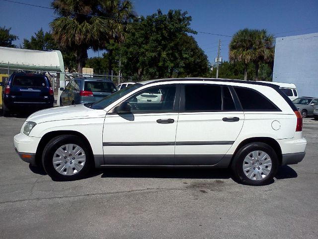 2006 CHRYSLER PACIFICA FWD white blow out sale abs brakesair conditioningamfm radio