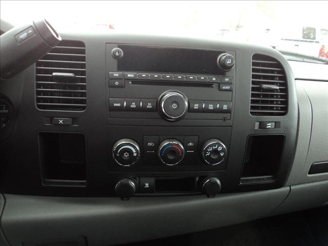 Image 12 of 2011 Chevrolet Silverado…