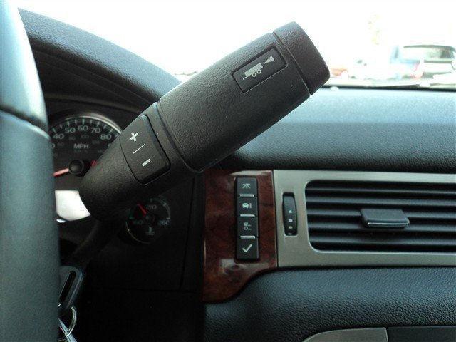 Image 8 of 2011 GMC Yukon SLE 8-Cylinder…