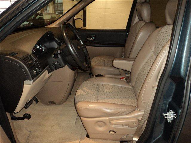 Image 2 of 2006 Chevrolet Uplander…