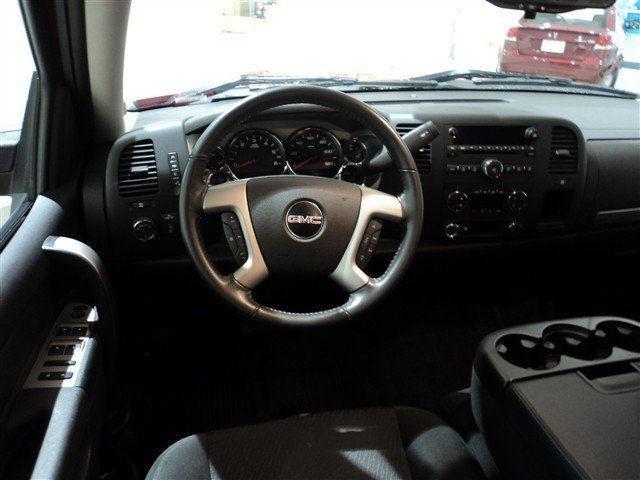 Image 6 of 2010 GMC Sierra 1500…