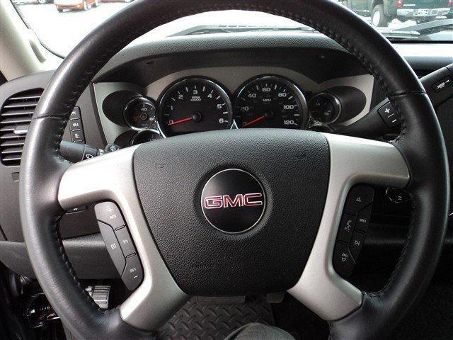 Image 4 of 2010 GMC Sierra 1500…