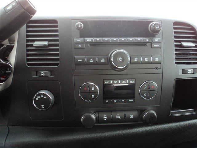 Image 5 of 2010 GMC Sierra 1500…