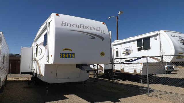 2005 Nu Wa HitchHiker LI LS 29.5lktg - Dewey, AZ