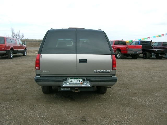 1999 Chevrolet Suburban K1500 4WD - FORT COLLINS CO