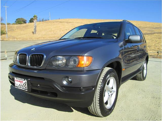 2003 BMW X5 30I SPORT UTILITY 4D charcoal 1 owner parking sensors leather dual power seats mo