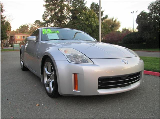 2006 NISSAN 350Z TOURING COUPE 2D silver very nice sports car really cleanfinancing available