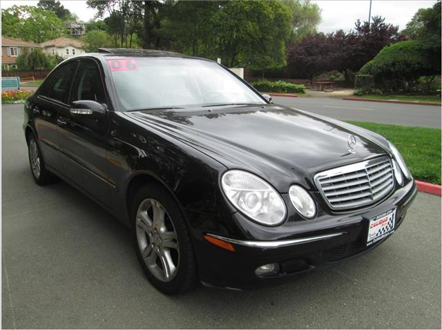 2006 MERCEDES-BENZ E-CLASS E350 SEDAN 4D black financing available bad credit first time buyers