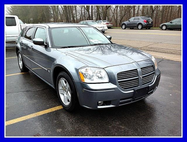 2006 Dodge Magnum - Cedarville, IL