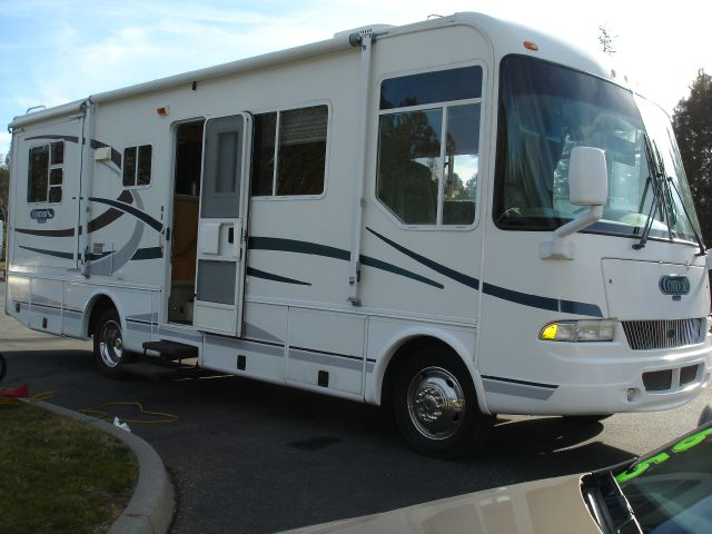 2003 R-Vision Condor 28 ft. - Grass Valley, CA