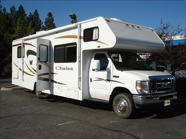 2009 Winnebago Chalet 31 ft. - Grass Valley, CA