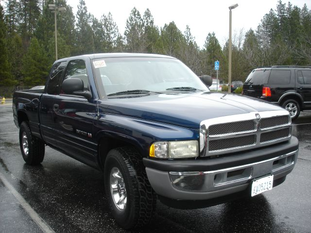 2001 Dodge Ram 1500 - Grass Valley, CA