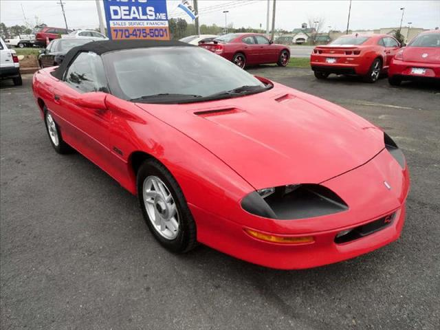 1995 CHEVROLET CAMARO CONVERTIBLE Z28 red low miles clean and ready to go come and check it out 