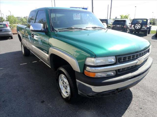 2000 CHEVROLET SILVERADO 1500 Z71 green come and check it out today lowest prices in the state y
