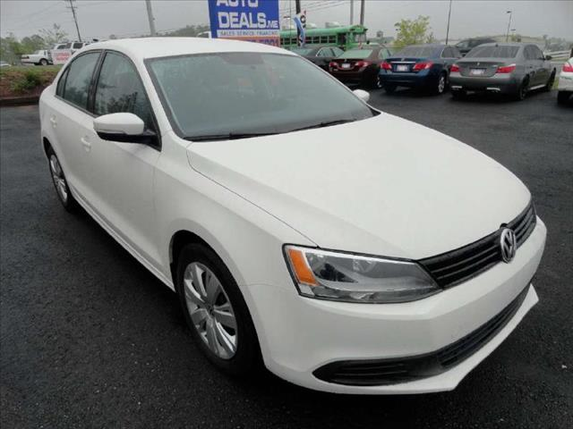 2012 VOLKSWAGEN JETTA AUTO SE WNIENCE PZEV white come and check it out today lowest prices in th