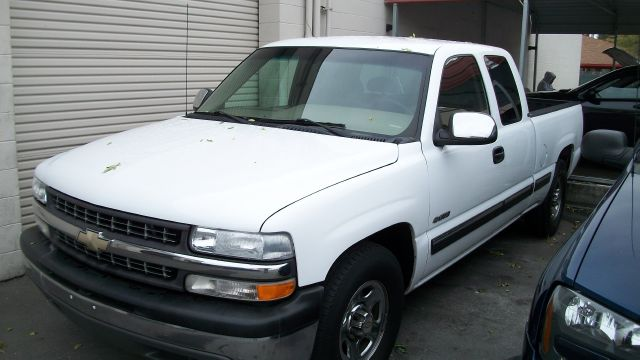 2002 Chevrolet Silverado 1500 Ext. Cab Short Bed 2WD - Rancho Cordova CA