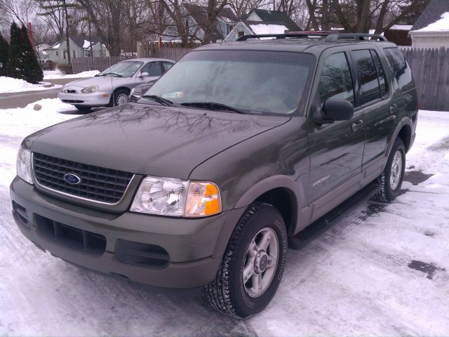 2002 Ford Explorer XLT 4WD - Mount Morris MI