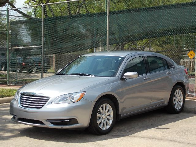 2013 CHRYSLER 200 TOURING silver  all internet prices are reduced for cash cashiers check or