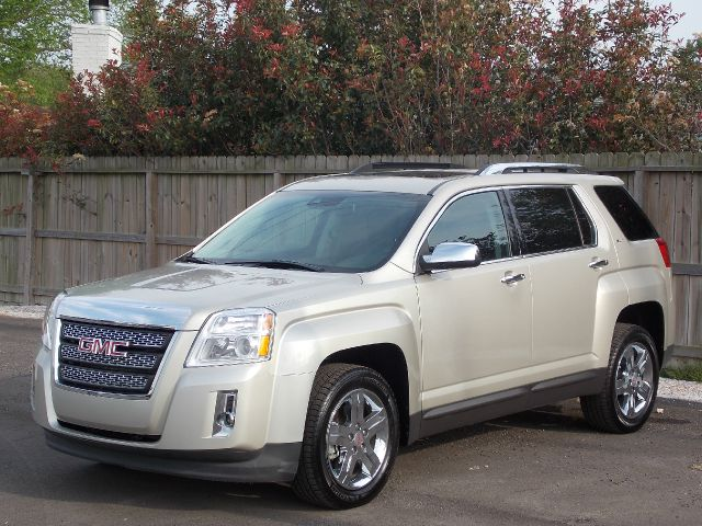 2013 GMC TERRAIN SLT2 FWD beige  all internet prices are reduced for cash cashiers check or s