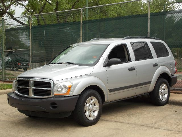 2005 DODGE DURANGO ST 4WD silver  all internet prices are reduced for cash cashiers check or