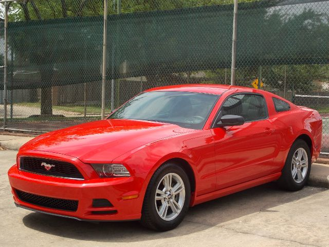 2013 FORD MUSTANG V6 COUPE red  all internet prices are reduced for cash cashiers check or sa