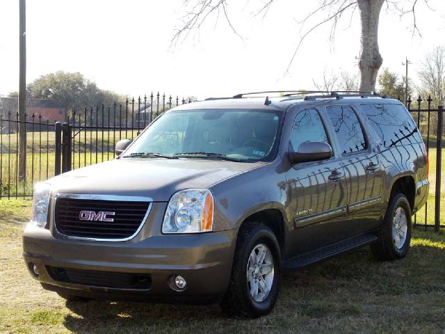 2013 GMC YUKON XL SLT 12 TON 2WD gray  all internet prices are reduced for cash cashiers che