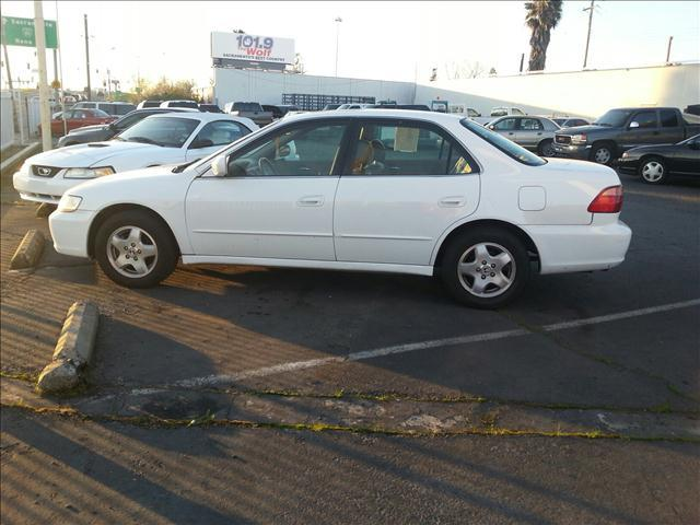 2000 Honda Accord EX V6 sedan - Sacramento CA
