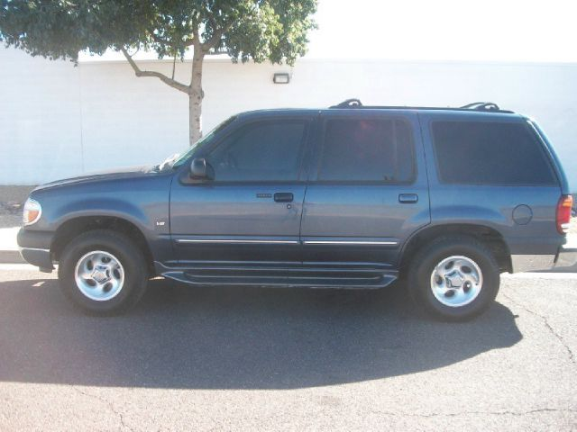 Tothego - 2001 Ford Explorer_1
